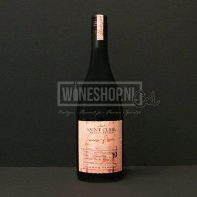 Saint Clair Family Estate 2017 Pioneer Block Twin Hills Pinot Noir